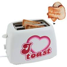 Toasters Toast Toast I Love Toast Toaster Amazon Co Uk Kitchen U0026 Home