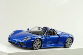 blue porsche spyder 2015 porsche 918 hybrid spyder sapphire blue metallic 1 24 welly