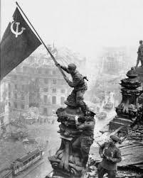 """""""Memorias y Reflexiones"""" - libro del gran militar soviético Gueorgui Zhukov - incluye breve biografia - en los mensajes en formato epub Images?q=tbn:ANd9GcRTWLlBYFc1wKbzLe3lMYef7mAtgzr88AApkwHA9dU2p5m6rlx9"""