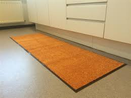 absorberend keukentapijt oranje wash en clean ehome