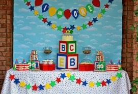 caillou party supplies caillou birthday party supplies deluxe party pack come with