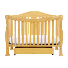 Oak Convertible Crib by Da Vinci 2 Piece Nursery Set Parker 4 In 1 Convertible Crib U0026 2