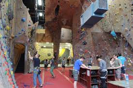best indoor climbing gyms for kids in seattle