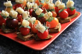 canap toast toasts et canapes aperitifs photo libre de droits sur la banque d