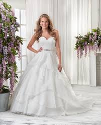 wedding dresses mechanicsburg pa summer bridal gown trends that we think are taylored for you