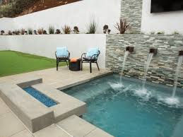 Backyard Pool Images by 5 California Backyard Makeovers From Flip Or Flop Selling Summer
