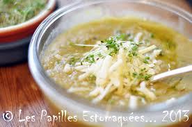cuisiner courge spaghetti soupe de courge spaghetti poireaux et légumes du panier les