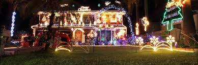 christmas lawn decorations avoiding damage from lawn ornaments just right lawns