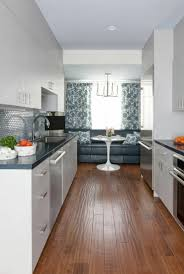 am駭agement cuisine en longueur aménagement et décoration sympa pour ce bel appartement de vieille