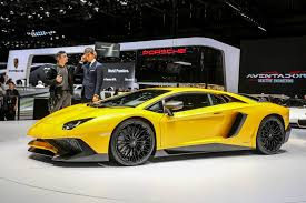 yellow lamborghini gallardo lamborghini u201c savo gamą papildė superautomobiliu u201eaventador lp750 4