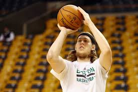 kelli johnson miami heat agree to terms with kelly olynyk james johnson