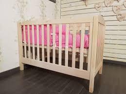 oignon chambre bébé lit bebe evolutif et ecologique couleurs bois le conforama