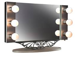 Lighted Make Up Vanity Hairstyles Makeup Beautiful Woman Lighted Makeup Mirror