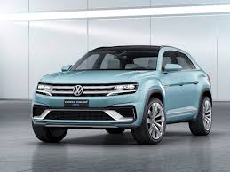 volkswagen crossblue interior 2015 detroit auto show volkswagen cross coupe gte a shape of