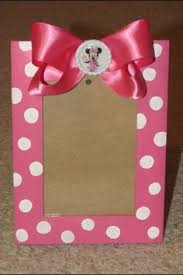 photo frame party favors minnie mouse picture frame party favors made with white circle