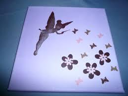 deco chambre papillon tableau pour chambre de fille fée papillon et fleurs décoration