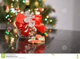 krus ornament krus med julkakor arkivfoto bild av ljusbruna lor 79123826