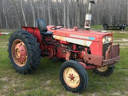 so i bought a 1971 ih 444 freshening it up for the farm got some