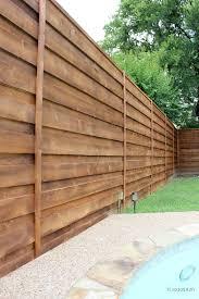 Backyard Fence Styles by Best 25 Horizontal Fence Ideas On Pinterest Backyard Fences