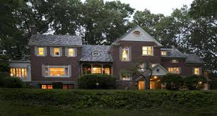 New York Homes Neighborhoods Architecture And Real Estate Loudonville Ny Homes For Sales Upstate New York Real Estate
