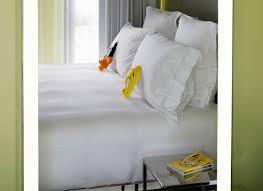 chambres d h es lyon chambres design pour nuit insolite à lyon shelter