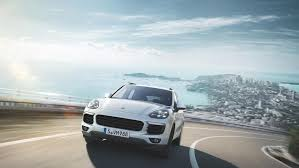 Porsche Cayenne S Hybrid - the porsche cayenne s e hybrid is an environmental champion