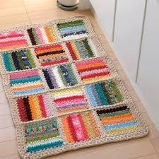 tappeti fai da te tappeto estivo fai da te in fettuccia knitta