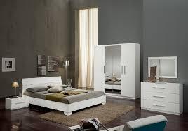 meuble chambre blanc laqué chambre à coucher laqué blanc gloria chambre desing pas cher