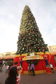 citadel tree lighting 2017 citadel outlets 2014 holiday festivities include record breaking