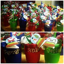 cheap christmas gifts for classroom gifts christmas is all about giving so make sure you don