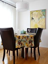 diy tablecloth from too narrow hilarious fabric dans le lakehouse