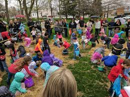 easter hunt eggs easter egg hunt and pancake breakfast chardon square association