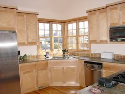 Gorgeous Maple Shaker Kitchen Cabinets Engaging - Natural maple kitchen cabinets