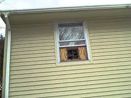 bathroom window exhaust fan exhaust fan running in window youtube