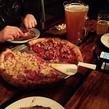 round table pizza antioch lone tree skipolini s pizza in antioch ca 901 fitzuren road foodio54 com