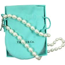 pearls necklace tiffany images Rare tiffany co elsa peretti pearl strand necklace 16 quot heart png