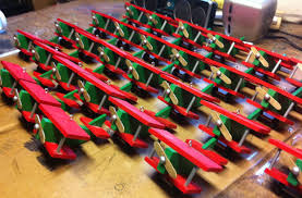 airplane ornaments using an assembly line 6 steps