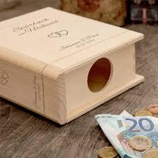 hochzeitsgeschenk spardose spardose buch aus holz zur hochzeit mit gravur