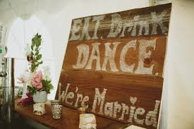 wedding quotes on wood 48 quotes and how to use them in your wedding