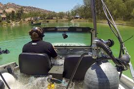 jeep snorkel underwater how to drive a jeep underwater roadkill