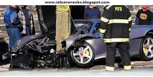 porsche gt crash car wrecks porsche gt crashes