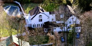 where is chappaqua firefighters responded to a small fire at the clintons home in