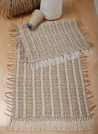 Nautical Themed Rugs Weave This Lovely Nautical Themed Table Runner For Your Home 4