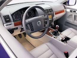 volkswagen touareg interior volkswagen touareg v6 tdi with exclusive equipment 2005