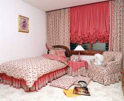 Balloon Curtains For Bedroom 15 Window Decorating Ideas Balloon Curtains