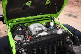 jeep wrangler v8 004 jeep wrangler jk hemi engine motor v8 photo 177870866