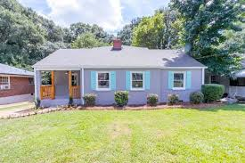 260k in capitol view manor scores remodeled bungalow near