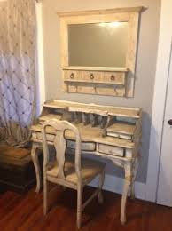 Shabby Chic Desk Chairs by 14 Best Farmhouse Desk Images On Pinterest Farmhouse Desk