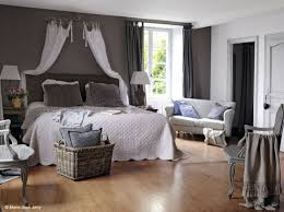 lit de chambre la chambre se refait une beauté bedrooms decoration and bed crown