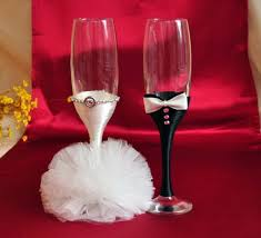 Bride And Groom Table Decoration Ideas Mesmerizing Decorating Wedding Glasses For Bride And Groom 48 For